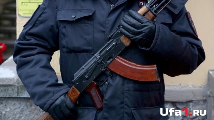 Обещал договориться: в Башкирии бывшего полицейского обвиняют в мошенничестве