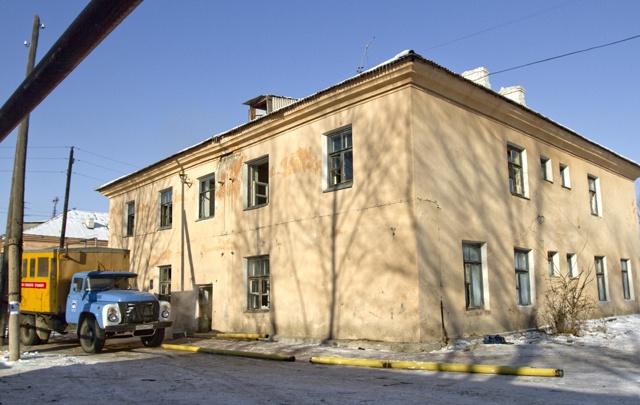 Прокуратура требует от главы Челябинска расселить аварийную двухэтажку