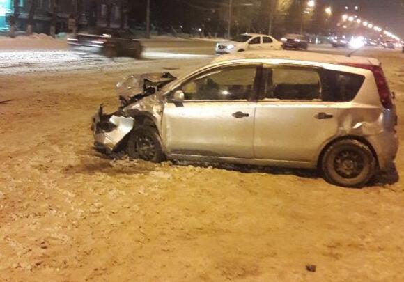 Водитель «Тойоты» устроила ДТП с участием трёх иномарок на Станиславского