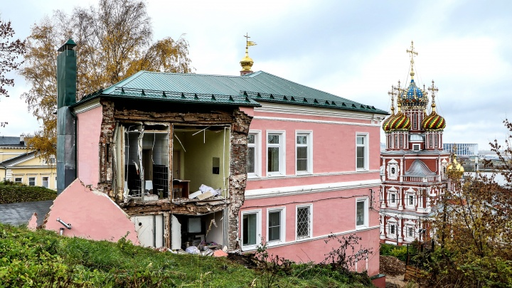 В обрушении дома на Суетинке, рухнувшего во время ремонта, винят нерадивых строителей XX века