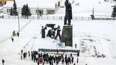 Семьдесят смелых: в Нижнем Новгороде прошёл митинг против мусорной реформы