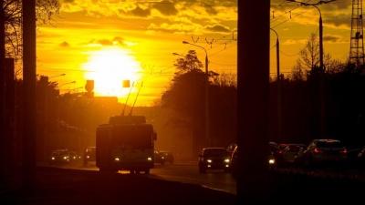 Дептранс заявил, что муниципальные автобусы ходят до 23 часов: проверяем, так ли это
