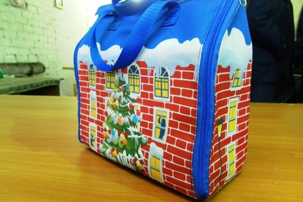 Посылка с зоны: заключенные самарских ИК начали делать новогодние сумки