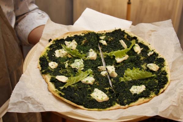 Веганская пицца стоит в лофте 150 рублей