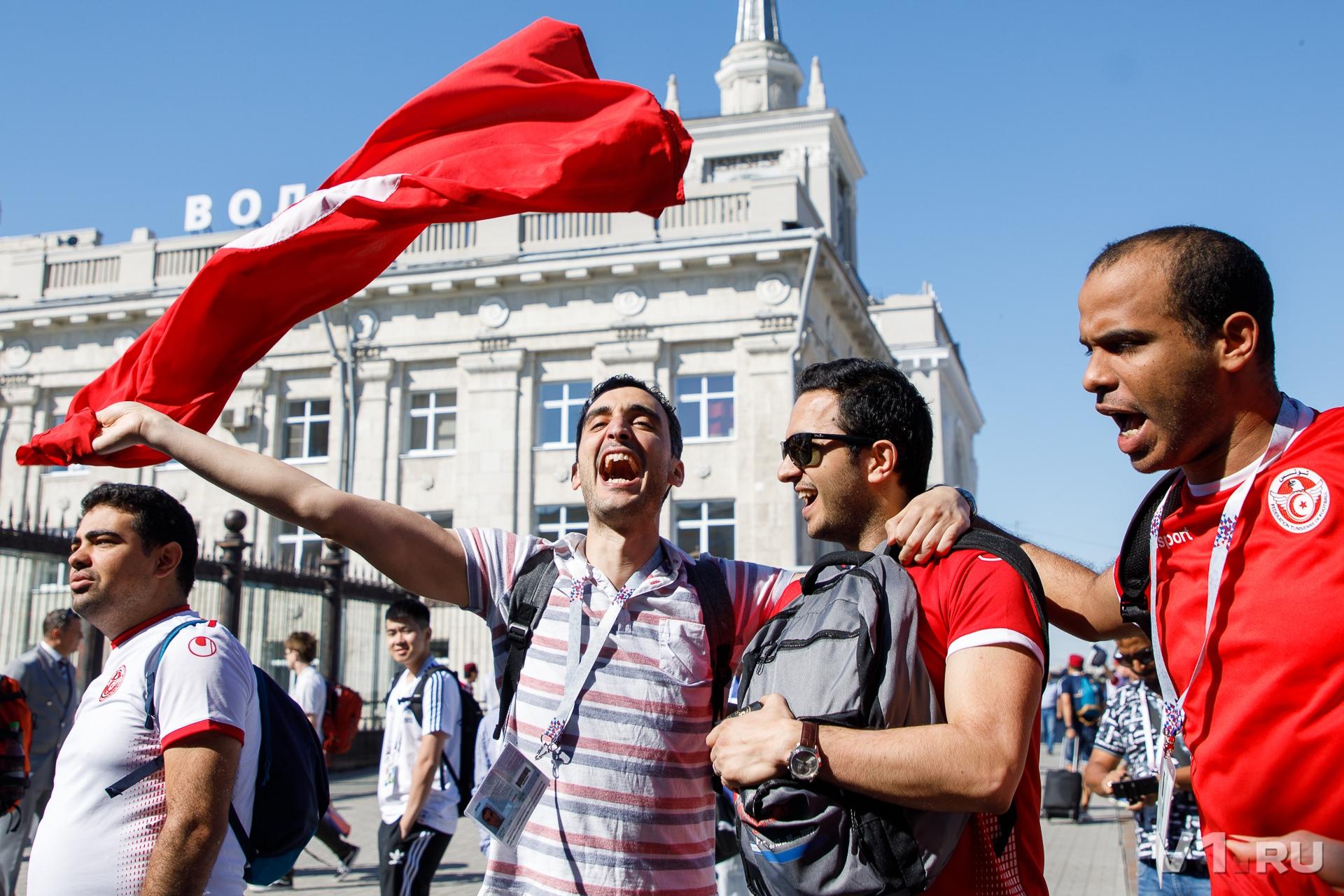 По дороге из Москвы в Волгоград тунисцы разучили «Катюшу»