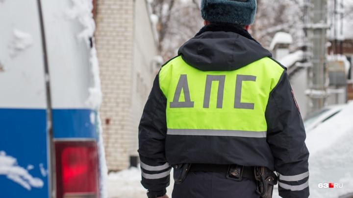 В центре Самары 13-летняя девочка попала под колеса машины
