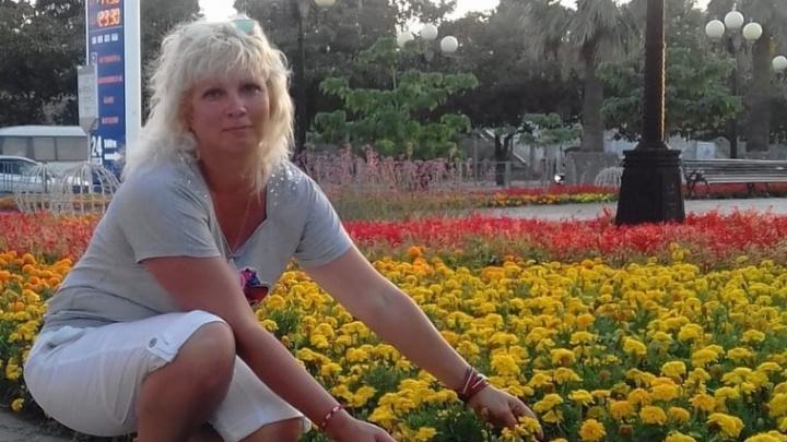 «Помогите вылечить маму»: объявления на подъездах стали последней надеждой школьника из Волгограда