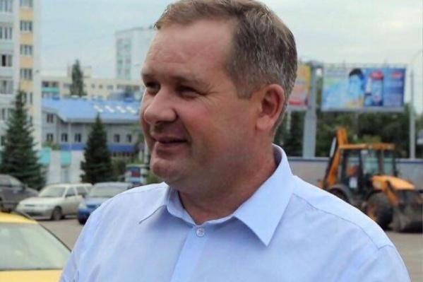 Роберт Ахунов занимал кресло главы Октябрьского района последние три года