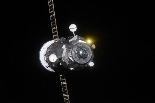 Борт доставил на МКС топливо, расходные материалы и научное оборудование