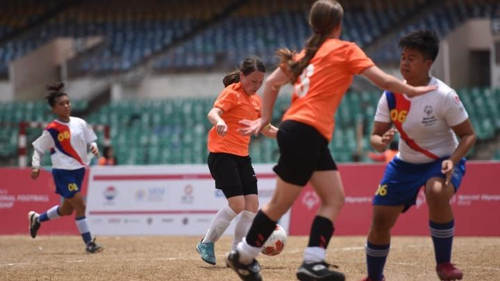 Свердловчанки разгромили соперниц и выиграли Специальный международный чемпионат по футболу в Индии