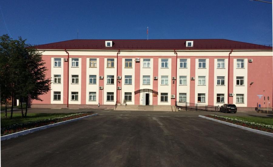ВОмске врач  заработал 213 тыс.  набесплатных операциях