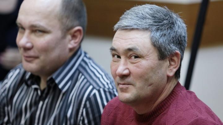 Южноуральского егеря, построившего дорогу в поле, освободили от выплаты 2,5 млн рублей