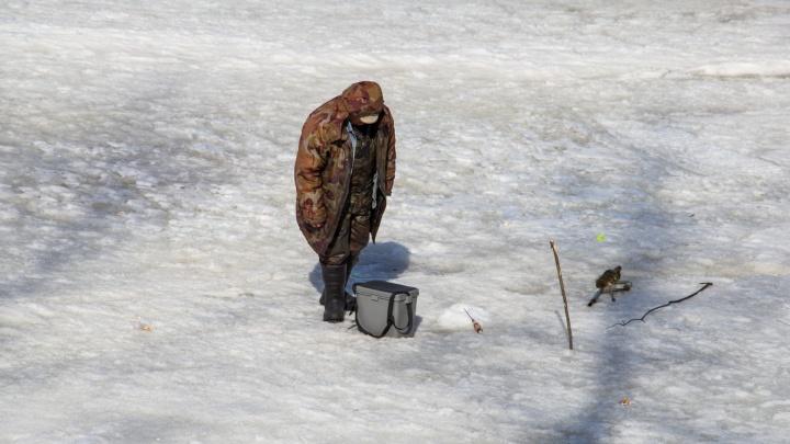Осторожно, тонкий лёд: рыбаков предупреждают об опасности отрыва льда на Белом море в субботу
