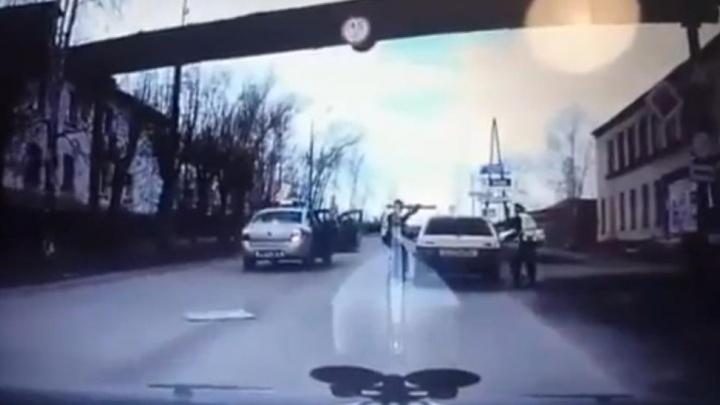 GTA по-уральски: в Серове экипажи ДПС устроили погоню за 15-летним подростком на ВАЗе
