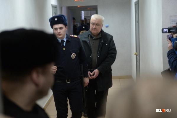 Ранее Алексей Миронов неоднократно просил отпустить его на свободу и уверял, что готов сотрудничать со следствием