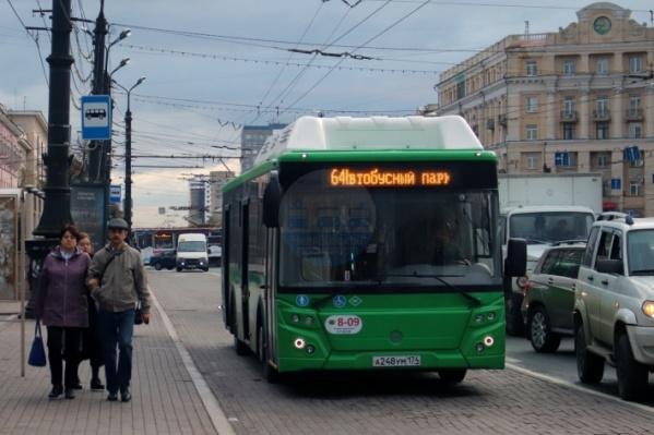 Для новых автобусов не могут найти водителей