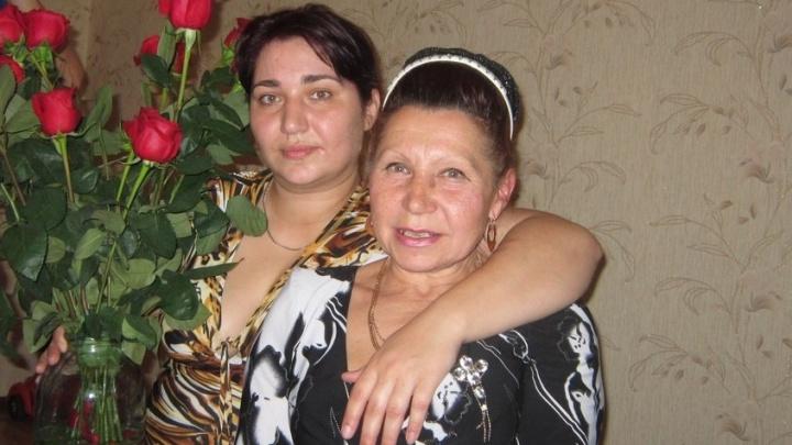 «Он возвращается в Омск»: найденный в Волгограде «Маугли» встретился со своей мамой