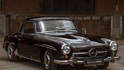 Когда наскучила модель: какие машины продают через автосалоны российские олигархи