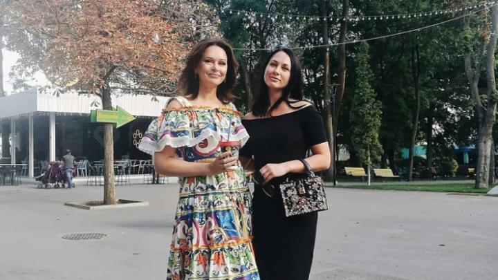 Ирина Безрукова прогулялась по Ростову и призналась ему в любви