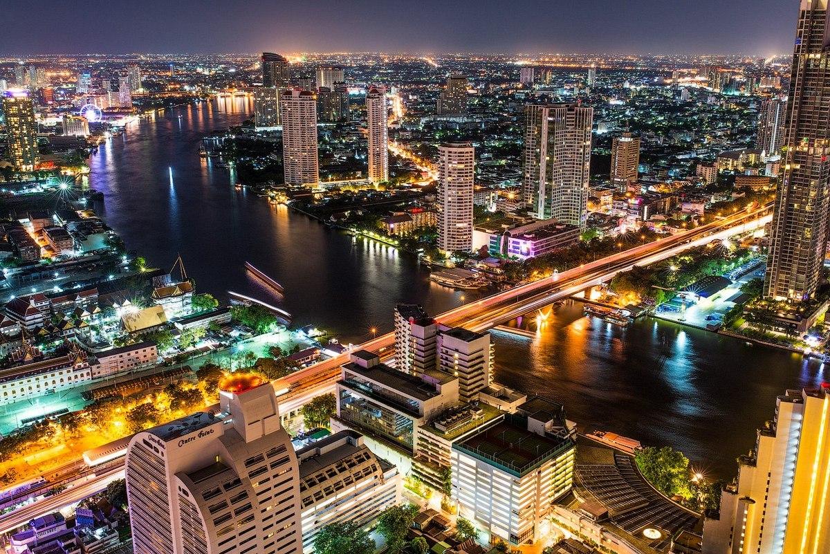 Бангкок — красивый, но суетливый город