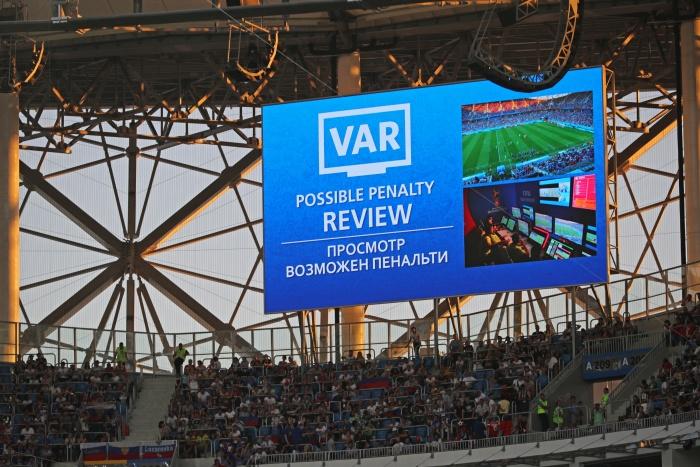 Чемпионат мира в России стал первым в истории, где судьи смотрели повторы спорных моментов