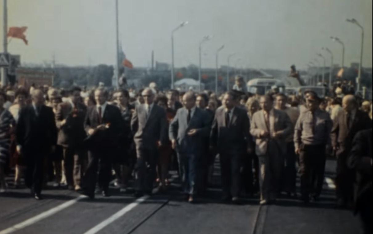 На открытие моста пришли тысячи нижегородцев