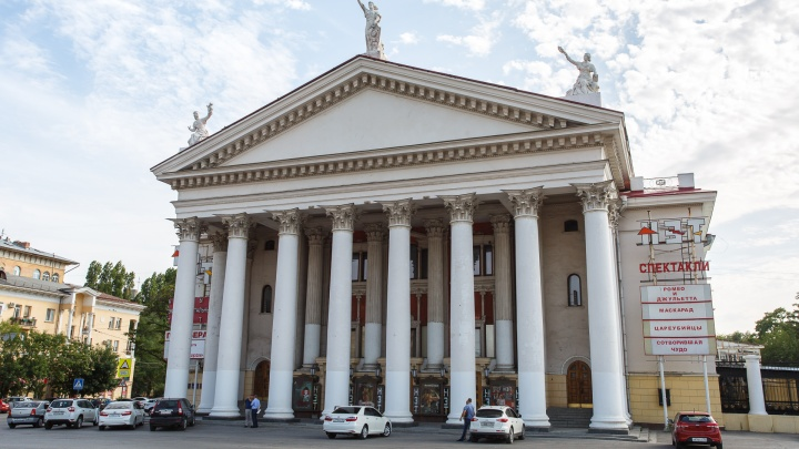 «Давай, до свидания»: НЭТ расстался со скандальным худруком Никитой Ширяевым