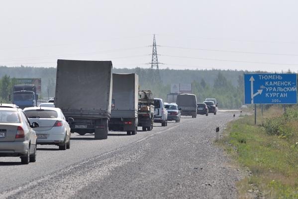 Сегодня пробки на Тюменском тракте — обычное дело