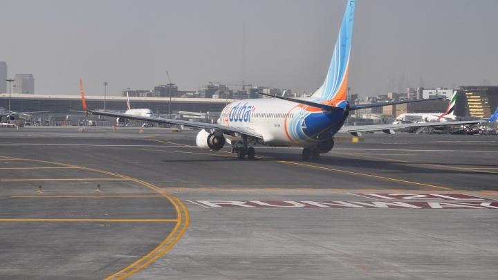 Пассажиров Flydubai повезут из Кольцово в Челябинск на автобусах, чтобы оттуда отправить в Дубай