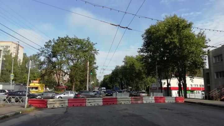В мэрии Ярославля вяло обсудили утренние пробки на Тутаевском
