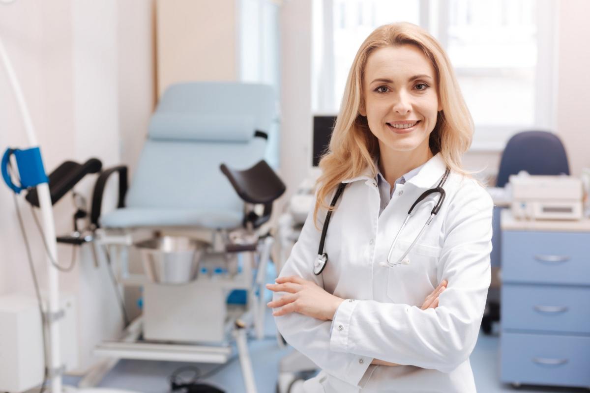 «Счастливые часы»: нижегородки могут посетить гинеколога за полцены