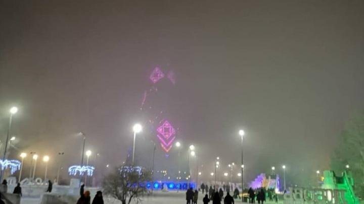 Густой туман и грязный снег: как красноярцы пережили первые дни года в жуткой дымке