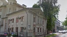 «Можно заехать и жить!»: в доме на Ошарской продается квартира за 50 млн рублей