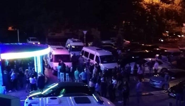 «Искали закладки»: в Самаре из ночного клуба «Метелица» вывели около 100 посетителей