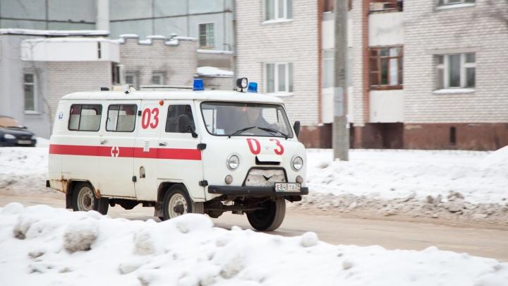 В Архангельске задержали мужчину, напавшего с ножом на водителя скорой помощи