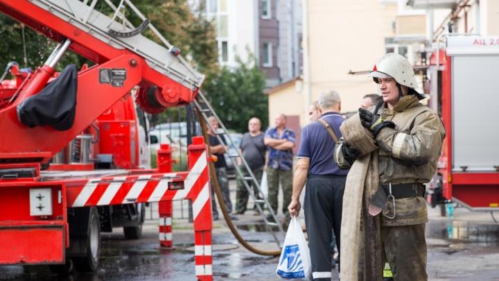 В Ярославском районе в гараже заживо сгорел мужчина