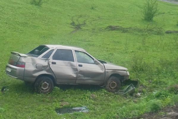 В результате ДТП 24-летний пассажир скончался до приезда скорой помощи