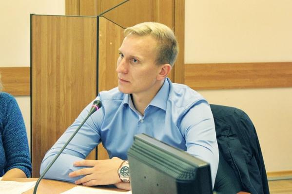 Ярослав Овчаров с поста директора «Агенства по муниципальному заказу ЖКХ» мэрии Ярославля ушёл на повышение