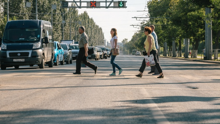 Ищите пути объезда: Московское шоссе перекрыли из-за вздувшегося асфальта