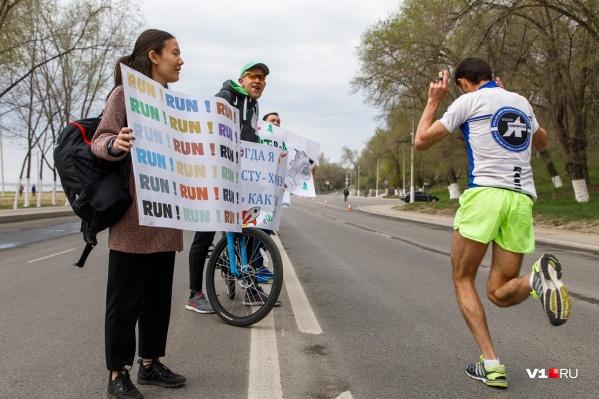 На старте Волгоградского марафона в этом году ждут бегунов из разных стран. Их будут сотни
