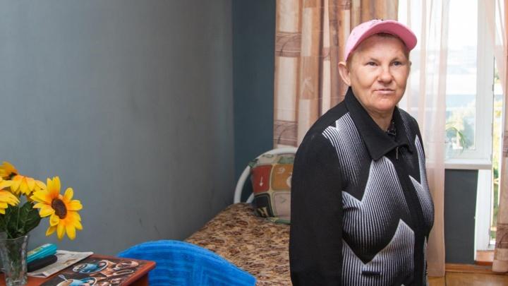 Из аварийного барака — в гостиницу: где теперь будут жить бездомные, которым помогают в Архангельске