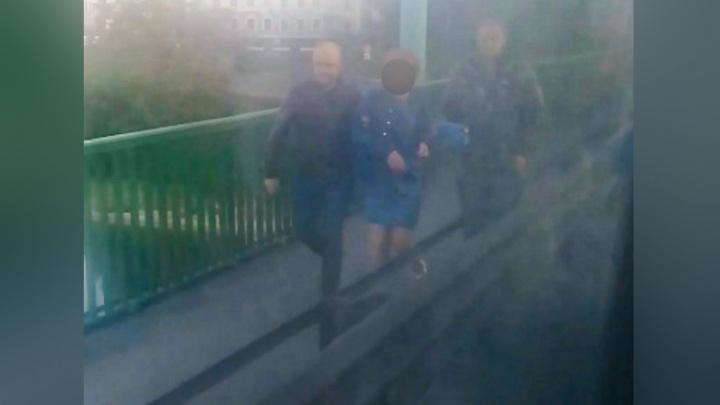 За секунду до: ярославцы сняли женщину с моста