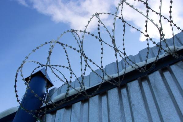 Истец заявил в суде, что испытывал моральные страдания за пребывание в камерах с отвратительными условиями