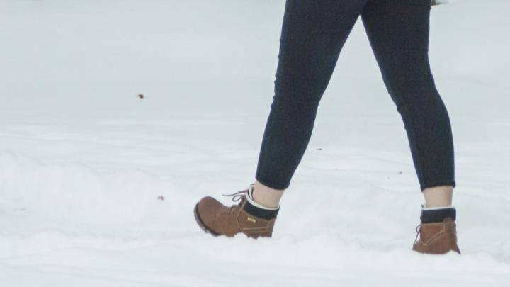 Цистит и простатит из-за моды. Почему зимой лучше не подворачивать джинсы
