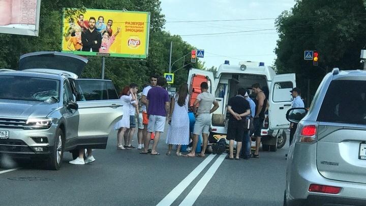 На улице Советской Армии возле планового университета сбили пешехода