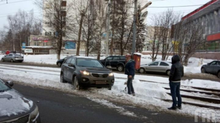 В Ярославле произошло ДТП на трамвайных путях: как это повлияло на работу транспорта