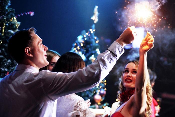 Большинство новосибирцев каждый год отмечают новогодние корпоративы