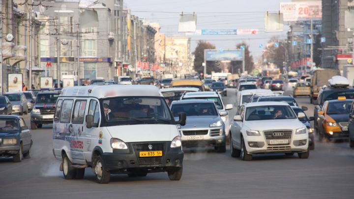 Водитель маршрутки остался без работы после перепалки с пассажиром