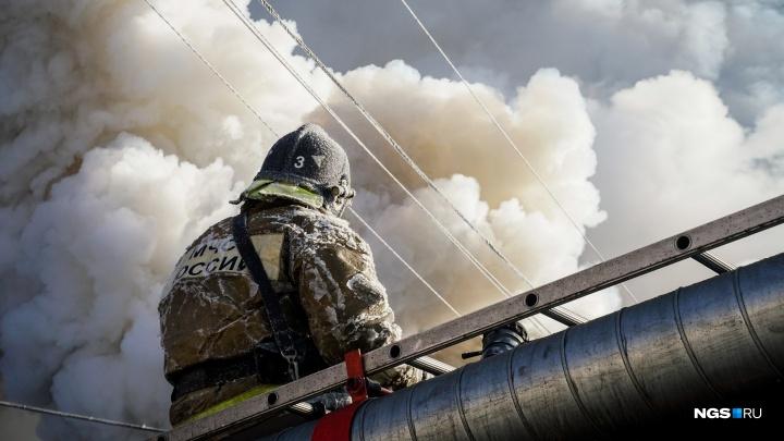 В Академгородке в пожаре погибли два человека