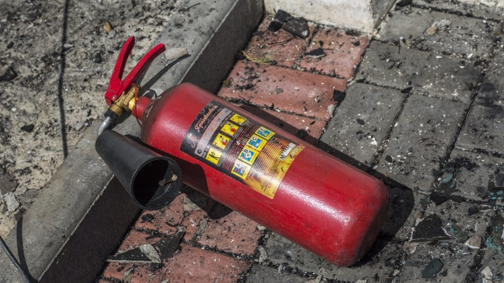 В Волгограде при пожаре в пятиэтажке эвакуировали 40 человек